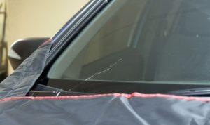 Как выполнить ремонт стёкол автомобиля?