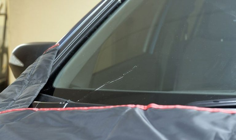 можно ли переоформить автомобиль с треснутым лобовым стеклом полип отчаянно