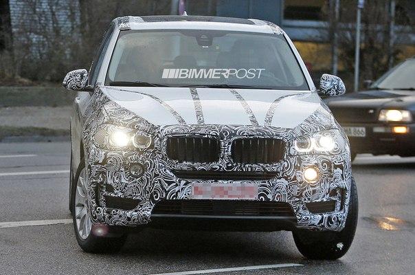 На дороге был замечен прототип BMW X7