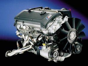 Преимущества использования бензинового мотора