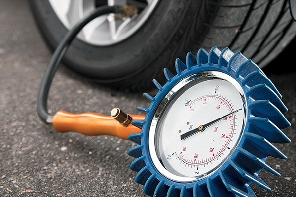 Почему важен контроль давления в шинах