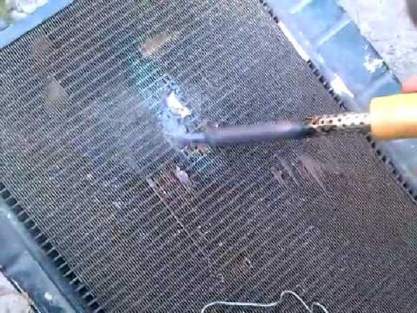 Как запаять радиатор автомобиля
