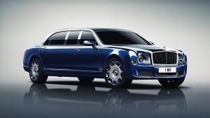 На автосалоне в Женеве Bentley представила 6-местный лимузин