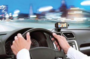 Как выбрать навигатор для автомобиля?