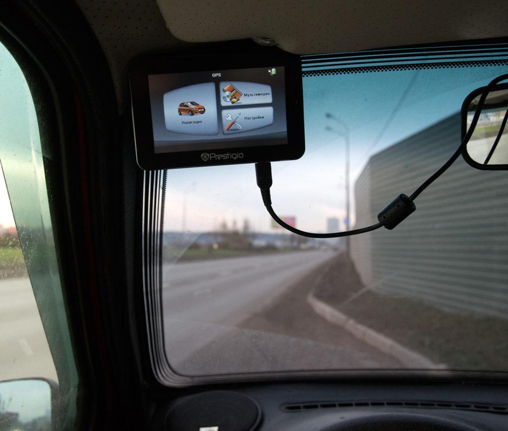 навигатор крепление на стекло
