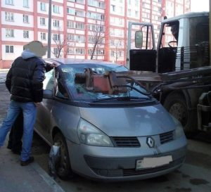 Ремонт мелких царапин на автомобиле