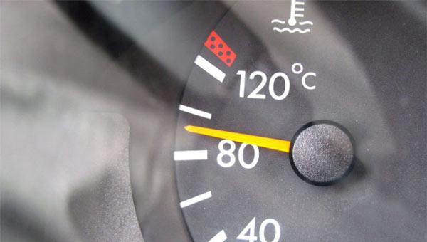 Почему нужно прогревать двигатель автомобиля?