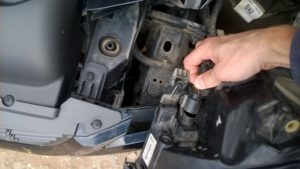 Ремонт передней рамки (телевизора) Форд Фокус 2