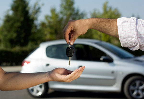 10 способов сэкономить на аренде автомобиля