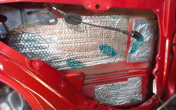 Как сделать шумоизоляцию автомобиля своими руками?
