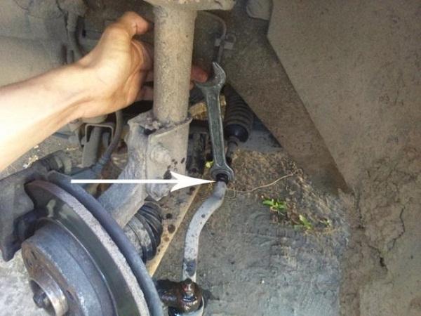 какие наконечники рулевых тяг лучше для renault