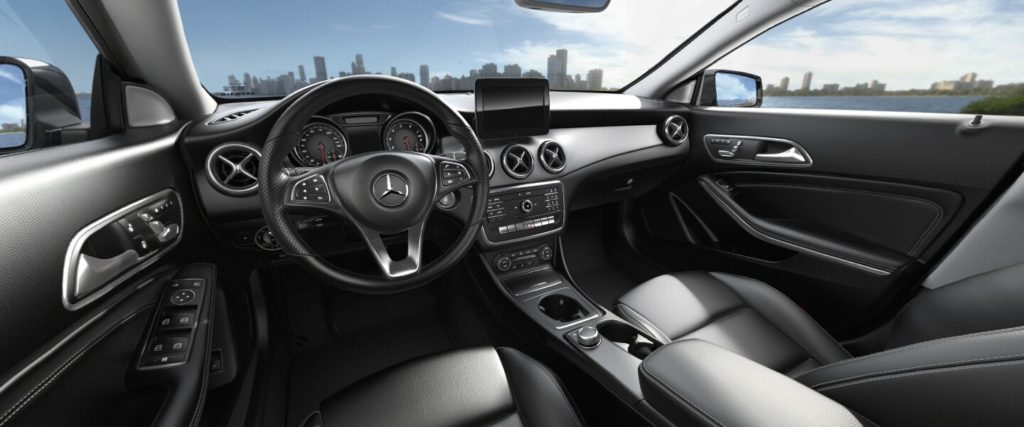 Mercedes Benz cla интерьер