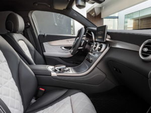Mercedes Benz cla салон