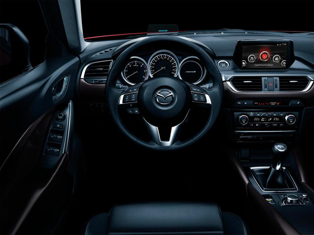 Mazda 6 салон