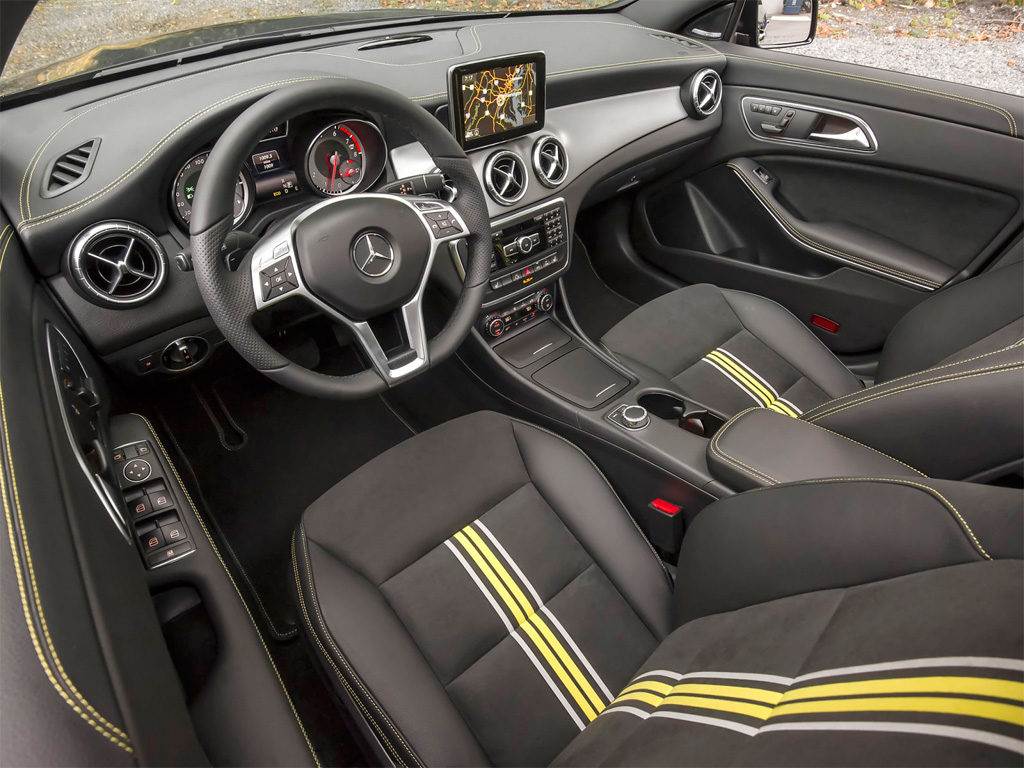 Mercedes Benz cla внутри