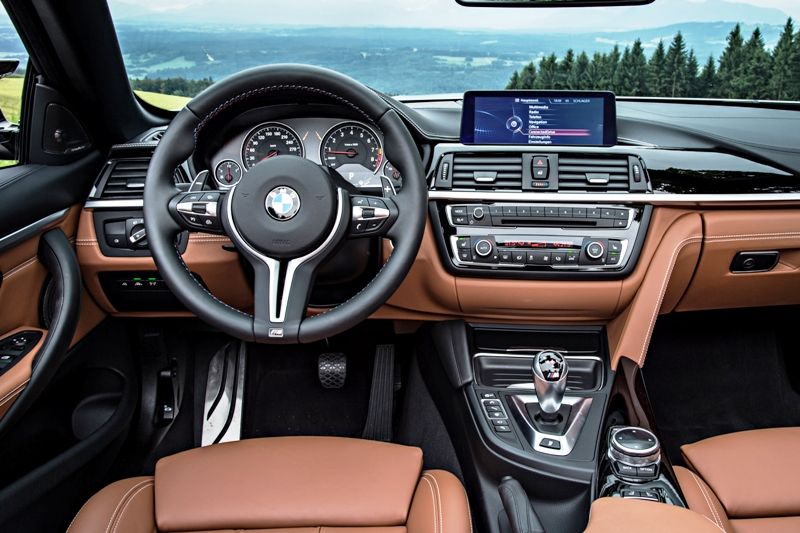 BMW m4 салон