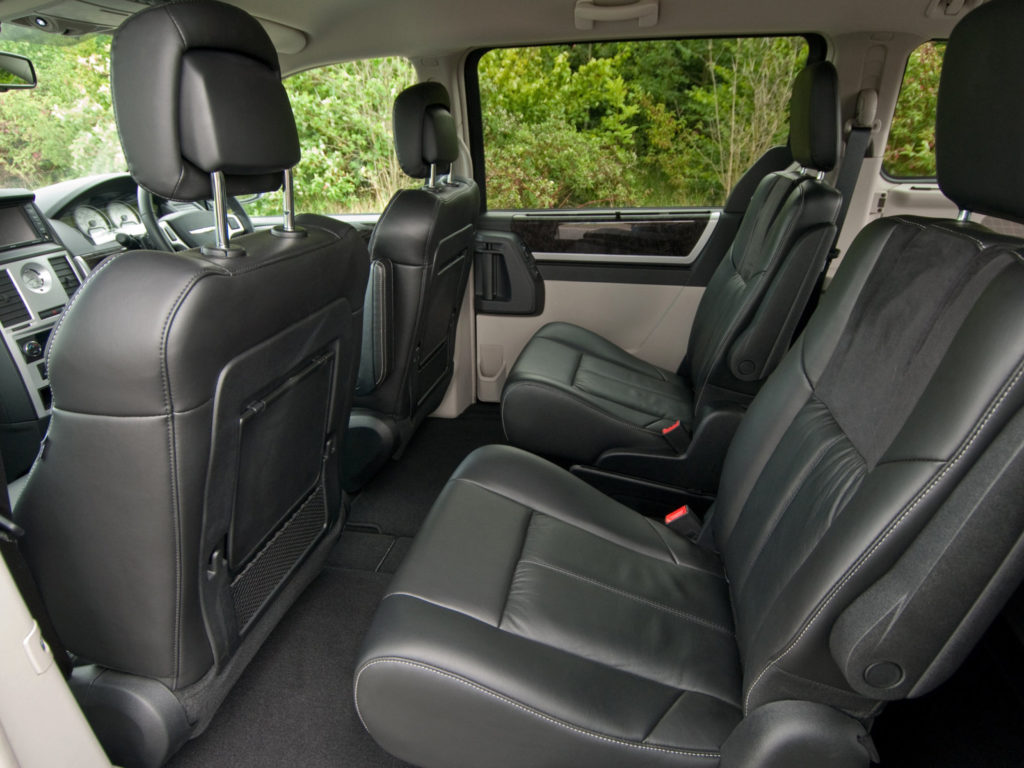 Chrysler Grand Voyager интерьер 1