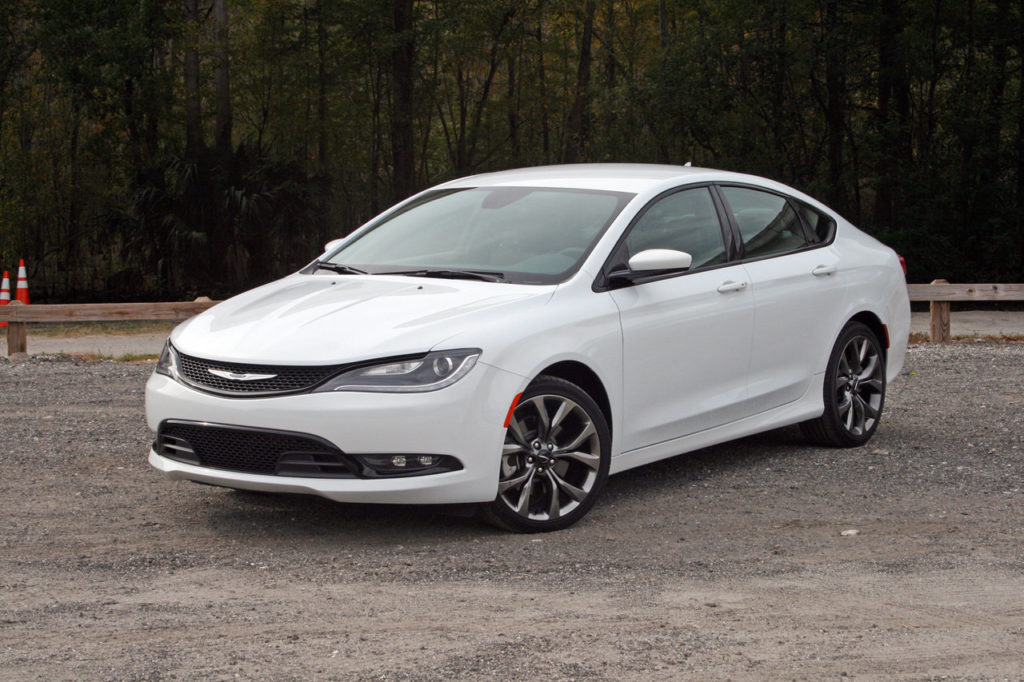 Chrysler 200 S цена