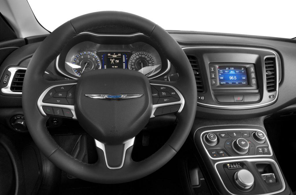 Chrysler 2002017 оснащение модели