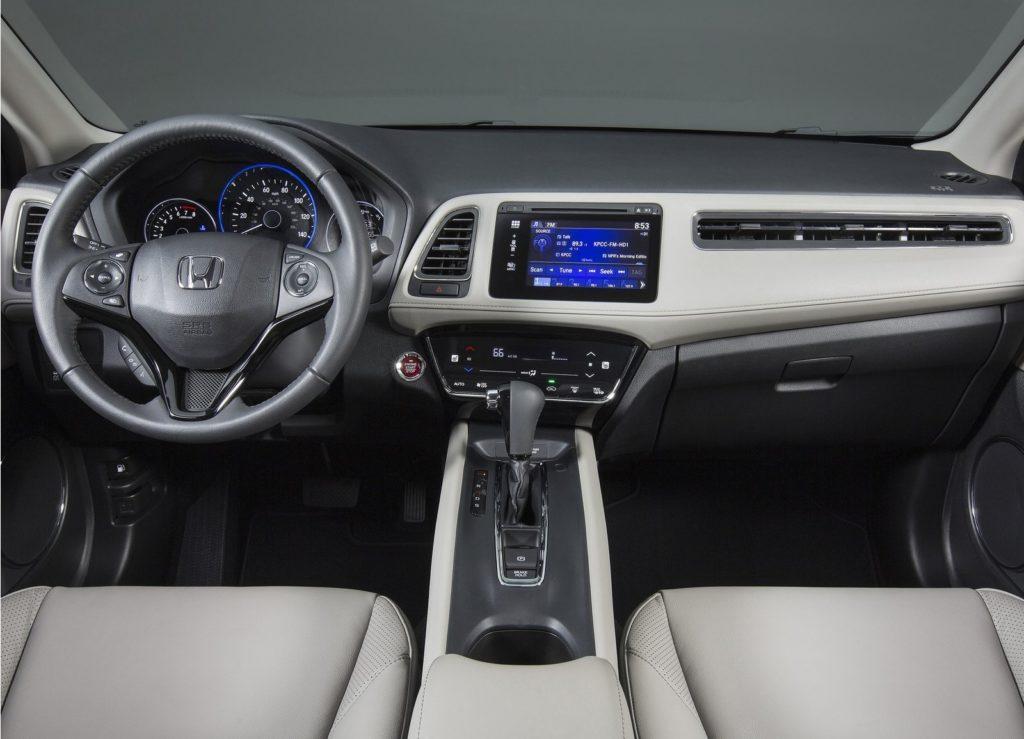 2017 Honda HR V интерьер