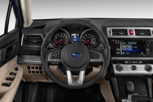 Subaru Outback 2017 интерьер