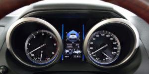 Toyota Land Cruiser Prado 2017 панель