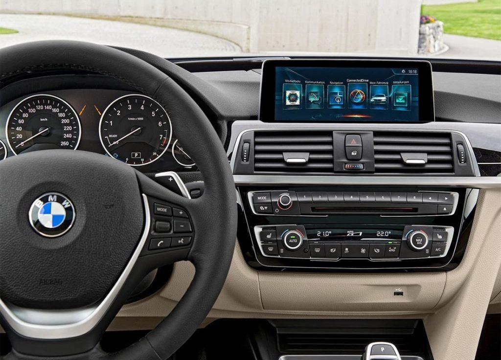 BMW 3 серии панель управления