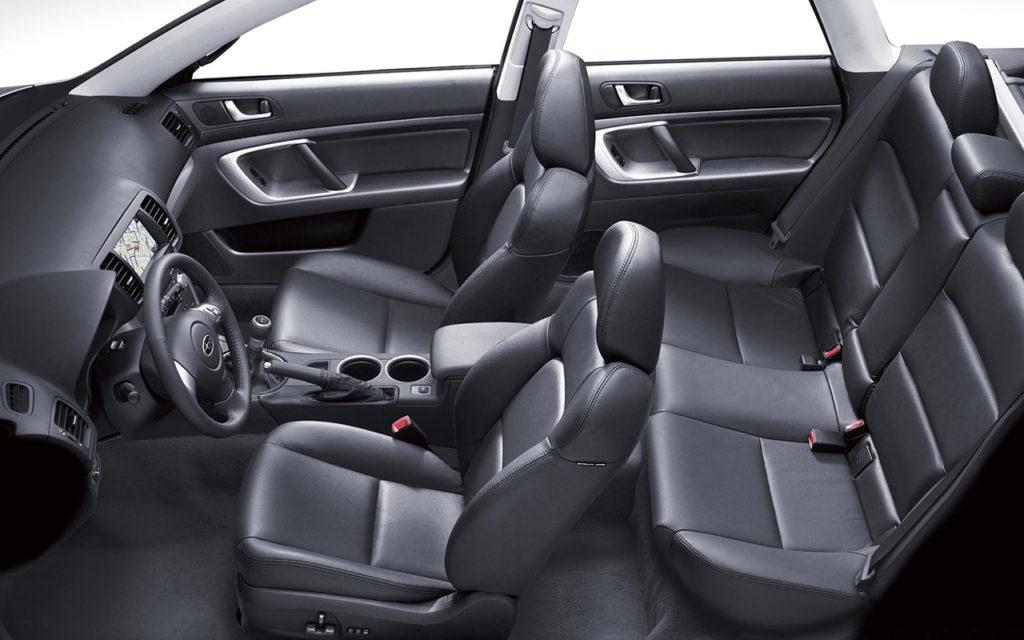 Subaru Legacy сидения