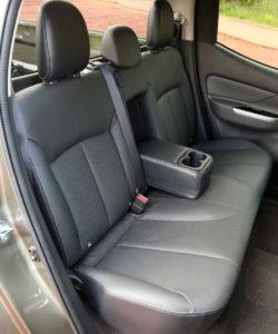 Mitsubishi L200 сидения
