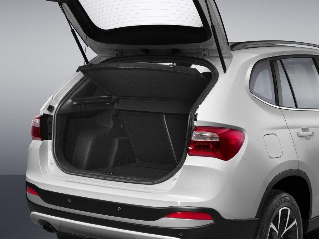 Brilliance V5 багажник