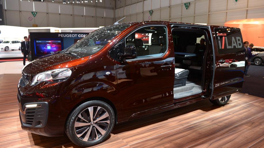 PeugeotTraveller на фото