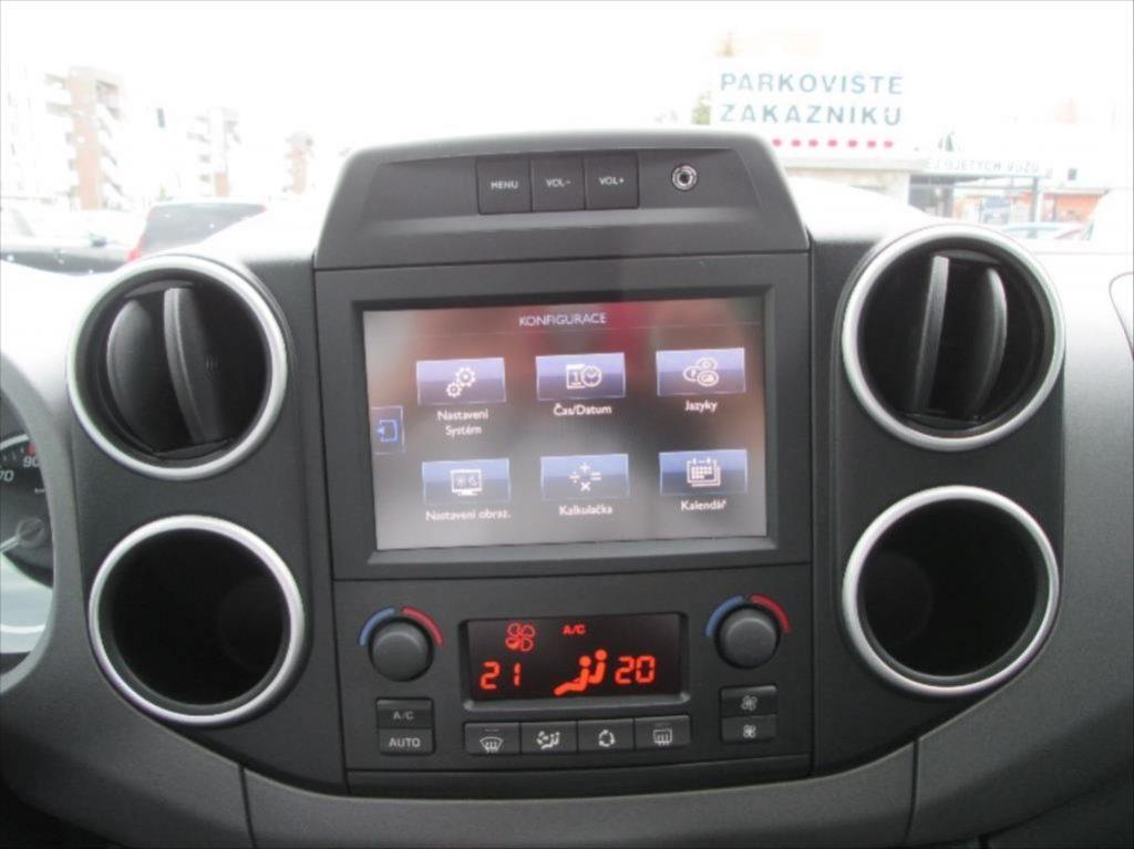 экран дисплея