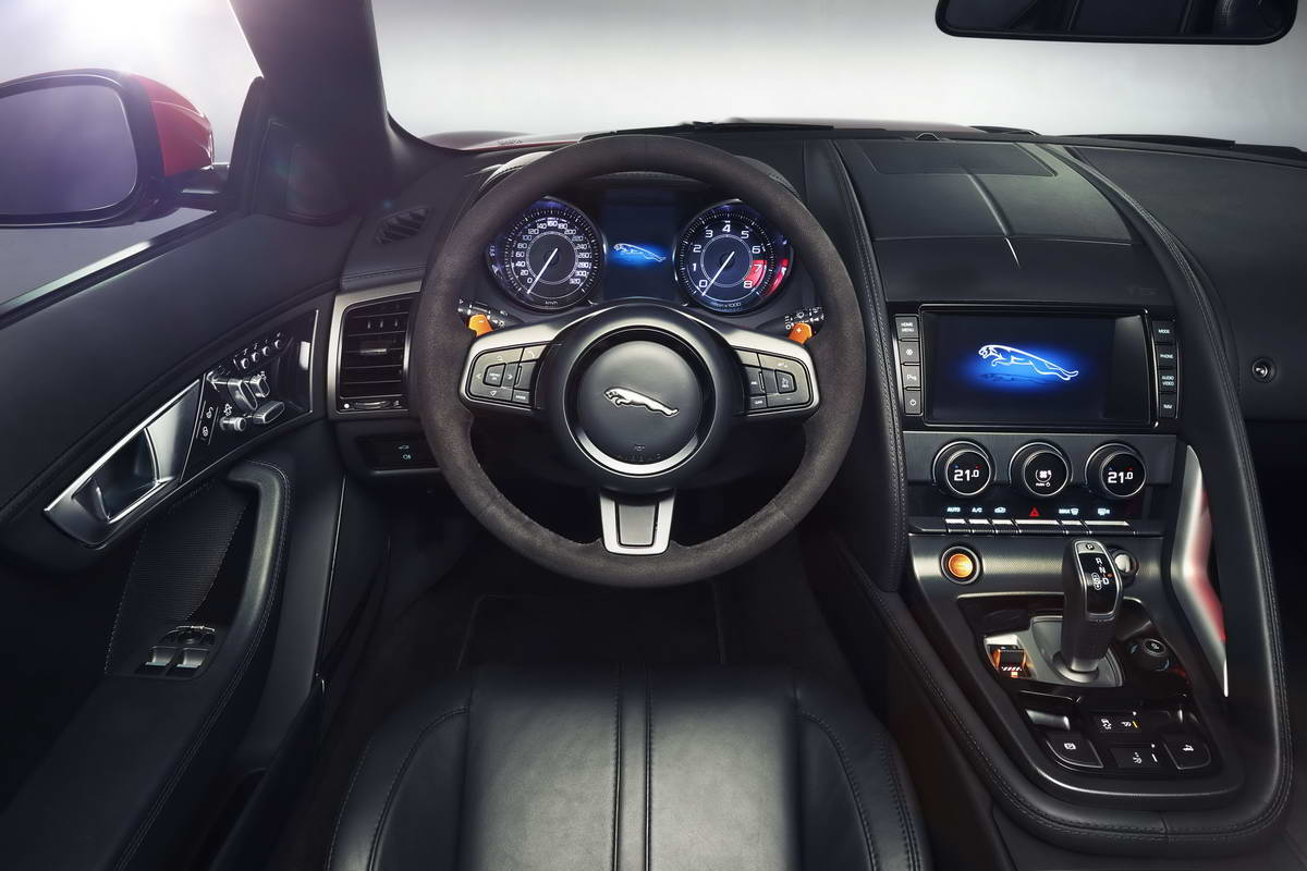 интерьер Jaguar F Type