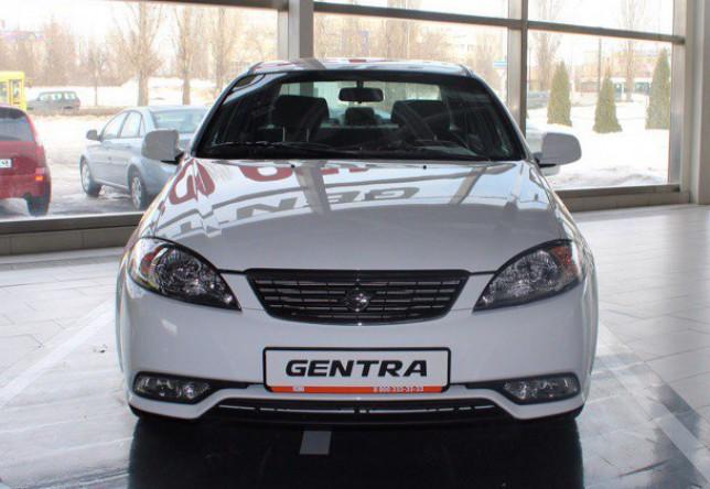 Ravon Gentra в автосалоне