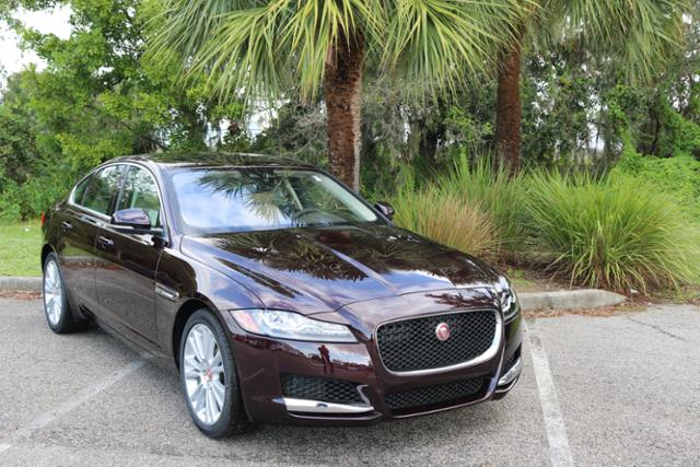 jaguar xf дизайн