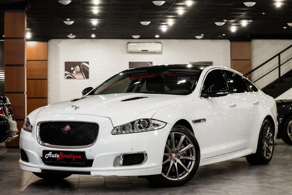 jaguar xj .