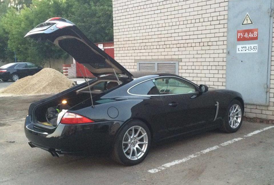 Jaguar XK багажник