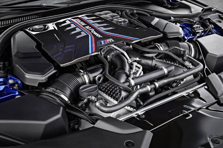 BMW M5 F90. двигатель