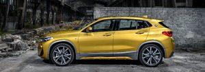 BMW X2 сбоку .