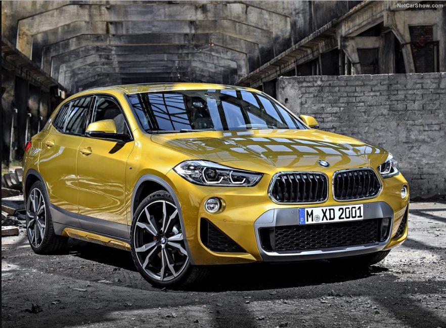BMW X2 спереди .