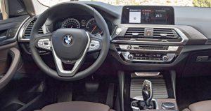 BMW X3 панель .