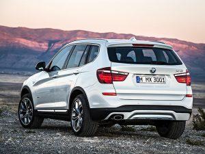 BMW X3 сзади