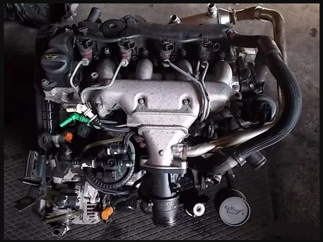 Ситроен С8 мотор