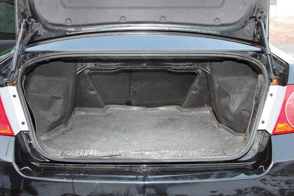 chevrolet epica багажник