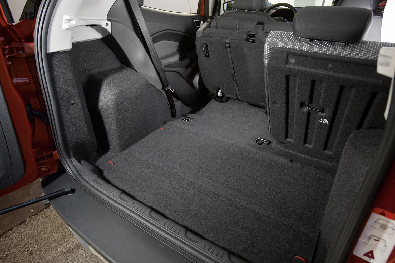 форд экоспорт багажник.