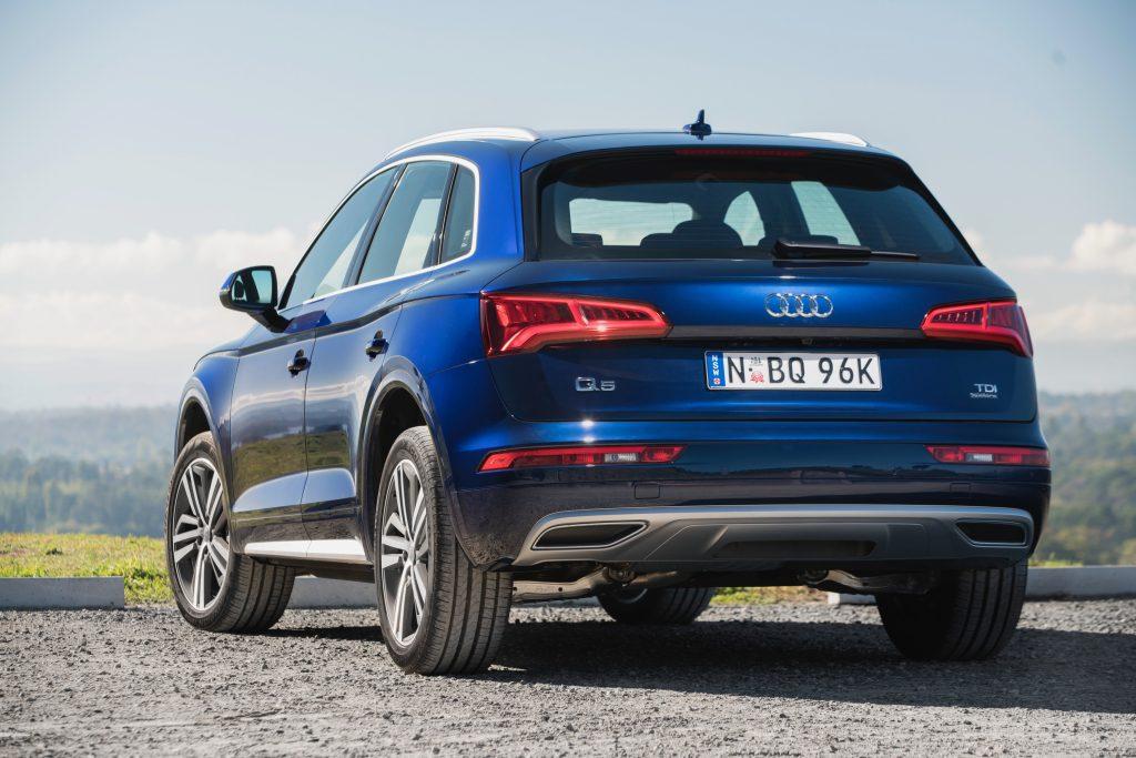 Audi_Q5 сзади