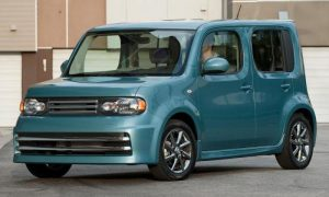 nissan cube green
