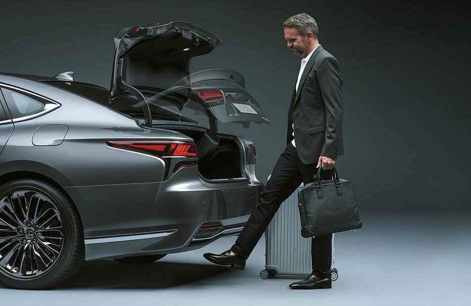 lexus ls 500 багажник