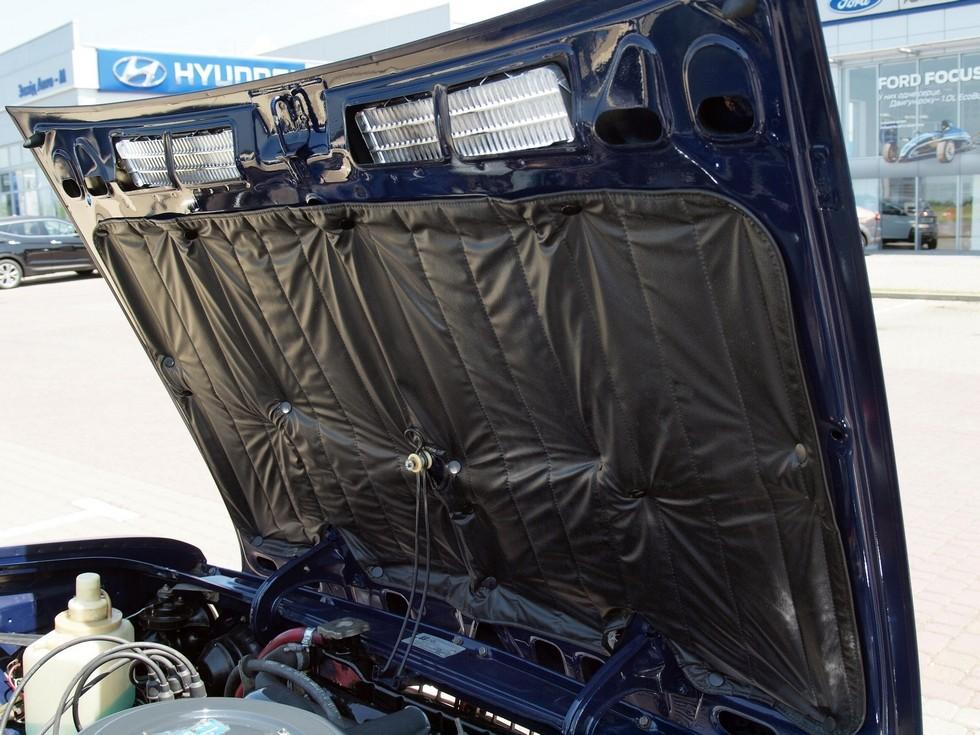 «Одеяло» шумоизоляции под капотом – неизменная черта люксовых Жигулей